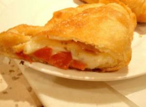 Pizze imbottite con tuma